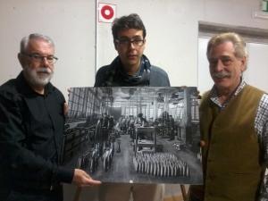 Mohamed, Txato eta Vicente del Palaciok, Rifen erabilitako Astran egindako armeen argazki batekin